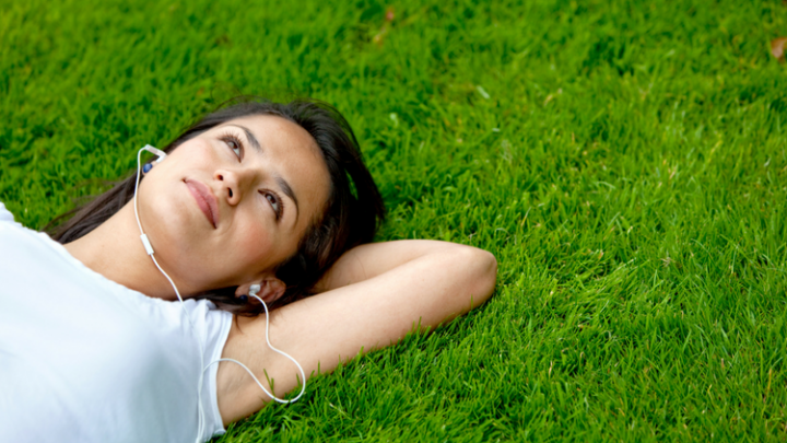 9 Great Listens to Add to your Summer Audiobooks List!