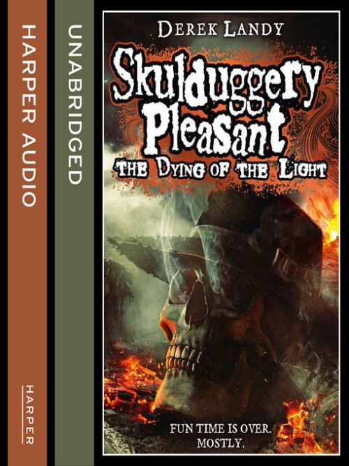 Skulduggery Pleasant Book 9: The Dying of the Light Cover